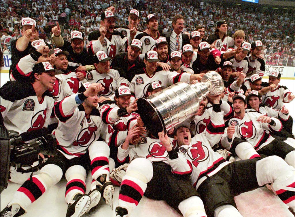 58b16fca5 1995 Stanley Cup